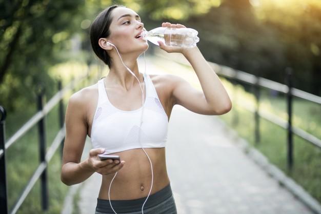 ดื่มน้ำให้มาก ๆ